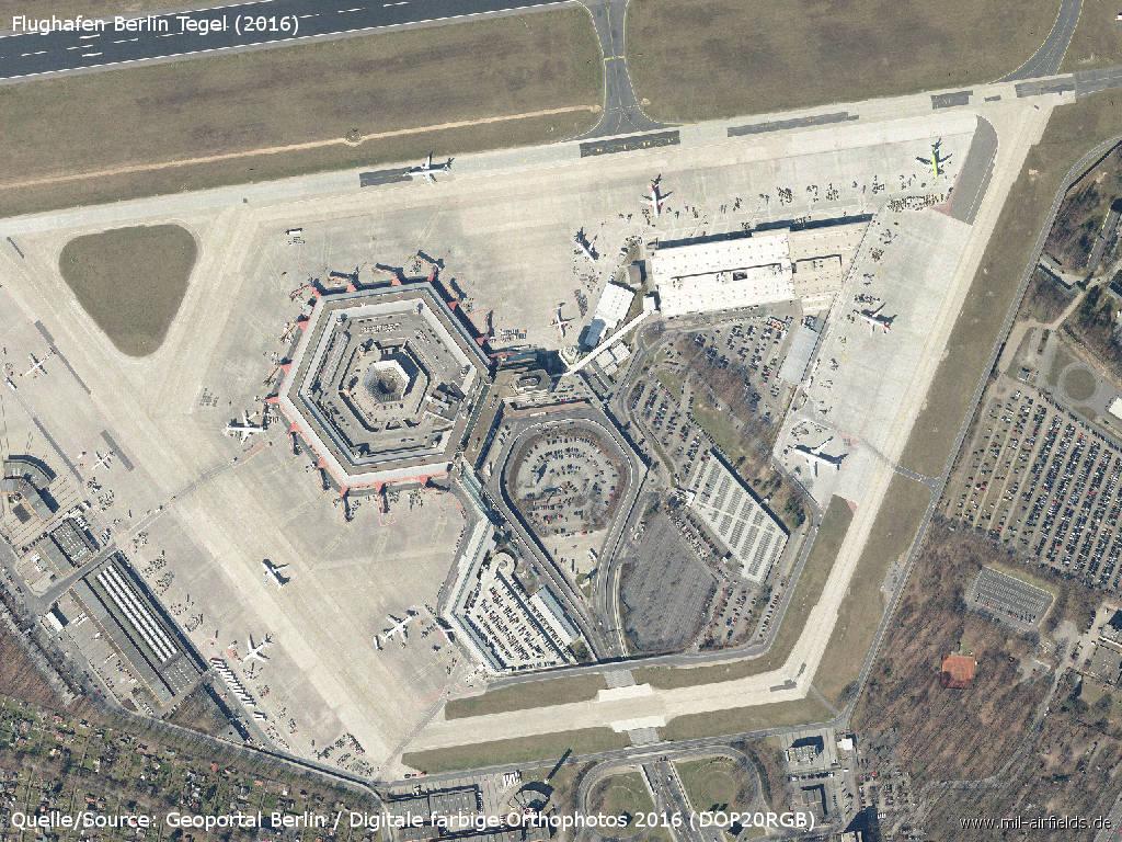 Berlin flughafen tegel military airfield directory for Flughafen tegel