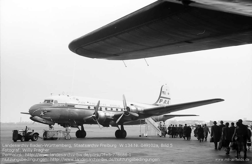 C-54 Skymaster (Douglas DC-4) der Pan American World Airways (PAA) N90902