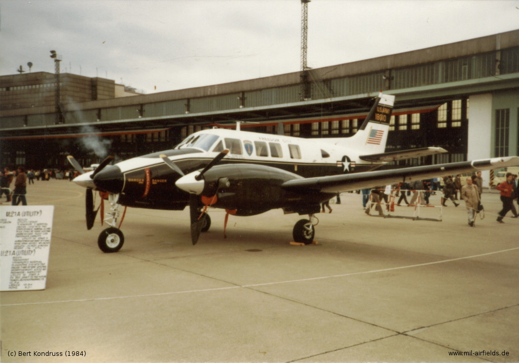 Beech U-21A King Air 66-18010