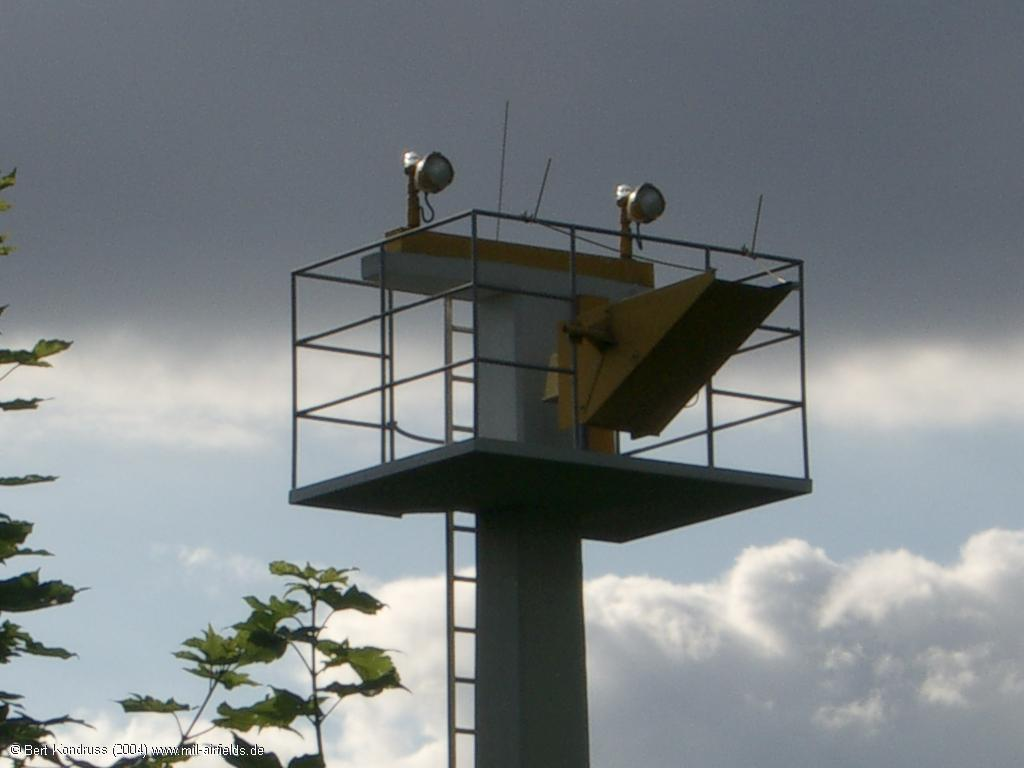 Approach lights