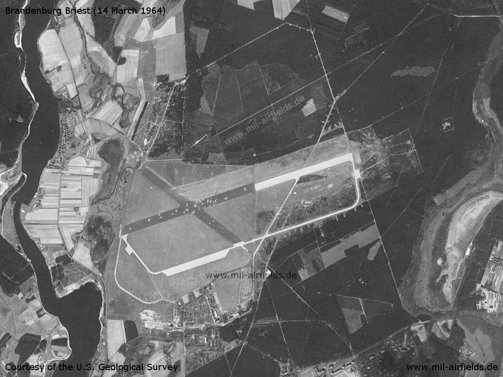 US-Satellitenbild, Flugplatz Brandenburg Briest, 1964