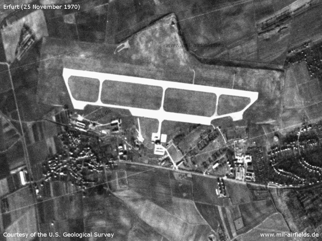 DDR-Flughafen Erfurt Bindersleben auf einem Satellitenbild 1970