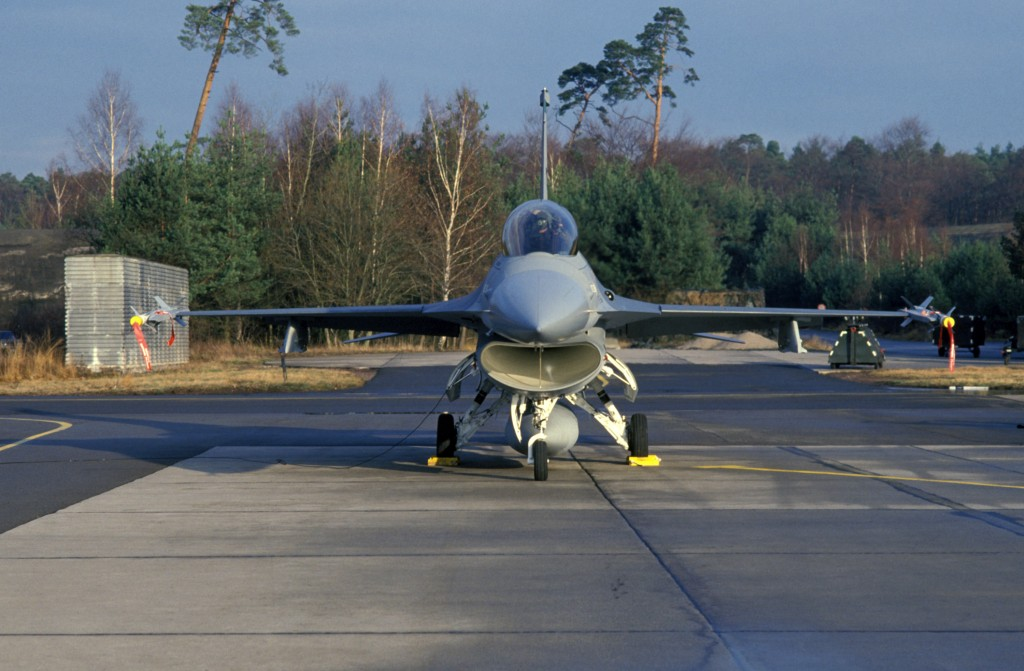 F-16 Fighting Falcon with AIM-9 Sidewinder missiles at Hahn