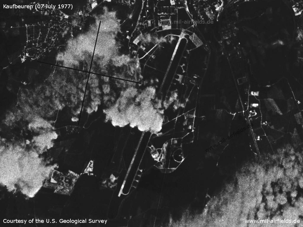 Flugplatz Kaufbeuren auf einem Satellitenbild 1977