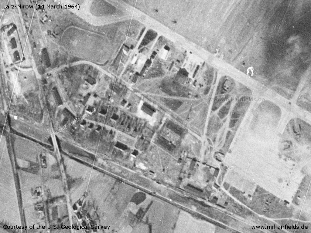 Mirow airfield: Buildings and installations
