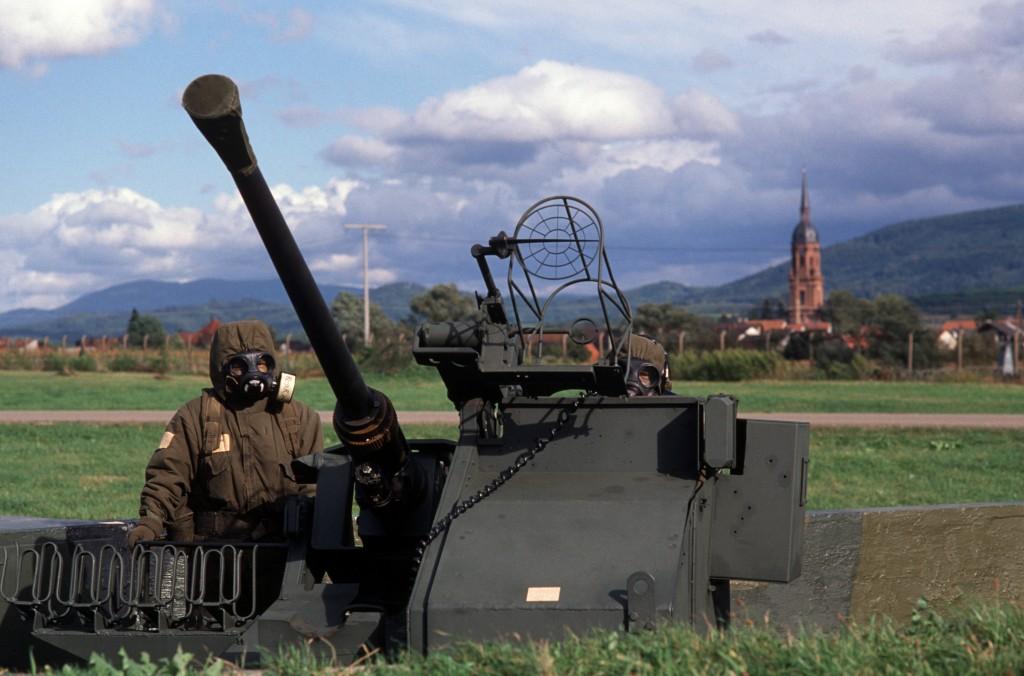 Flugplatz Lahr: 40-mm Flugabwehrkanone L40/60 Boffin der 129th Anti-Aircraft Defense Battery