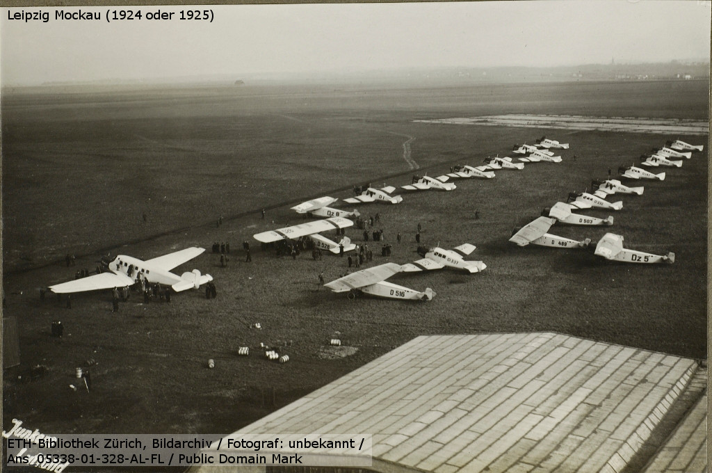 Junkers airplanes for the Leipzig Trade Fair (1925)
