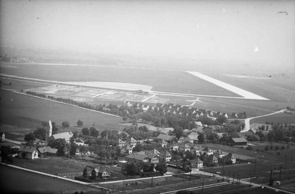 Aerial picture Munich Riem in 1950