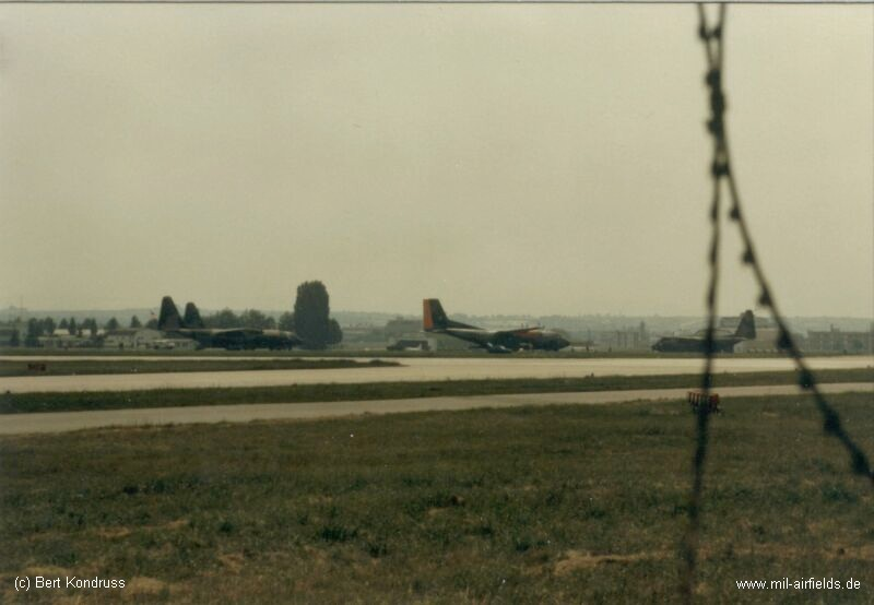German Air Force C-160 Transall and USAF C-130 Hercules at Stuttgart