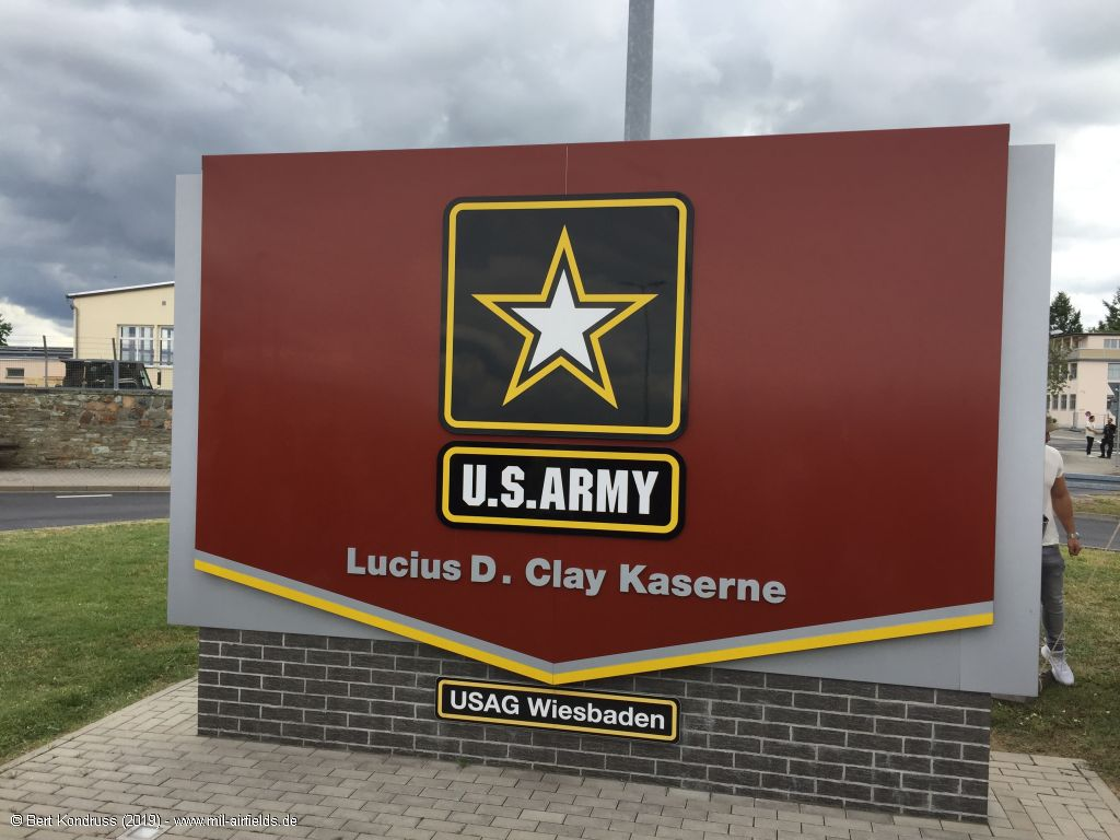 Base sign Lucius D. Clay Kaserne / USAG Wiesbaden